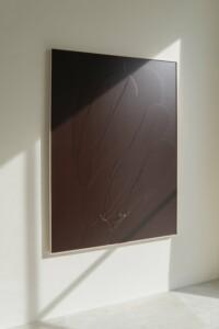 Carla Cascales Alimbau, «Jazmines en la frente», 2020, organic resin on linen, 162 x 97 cm
